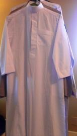 100% ORIGINAL Al-Haramain White Thobe (Boys size 46)